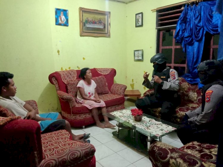 Pelihara situasi Kamtibnas tetap kondusif Ton I Dalmas Polres Kupang lakukan Patroli dialogis