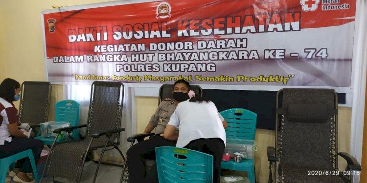 Demi Kemanusiaan Polres Kupang  Penuhi Ketersediaan Stock Darah di PMI Kupang
