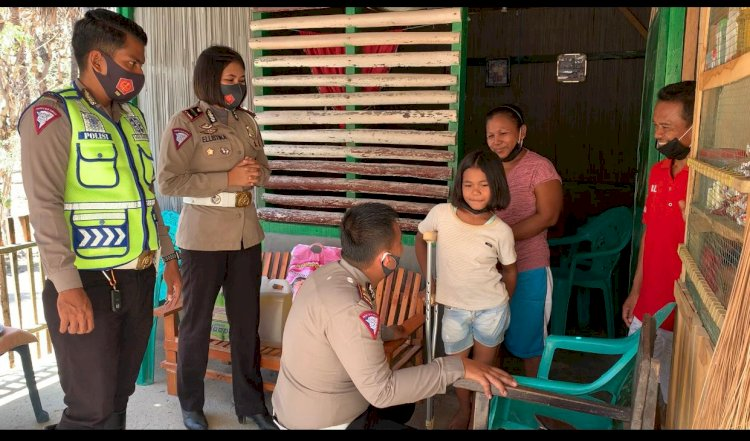 Peringati HUT Lalu Lintas Bhayangkara ke-65, Satlantas Polres Kupang Gelar Baksos