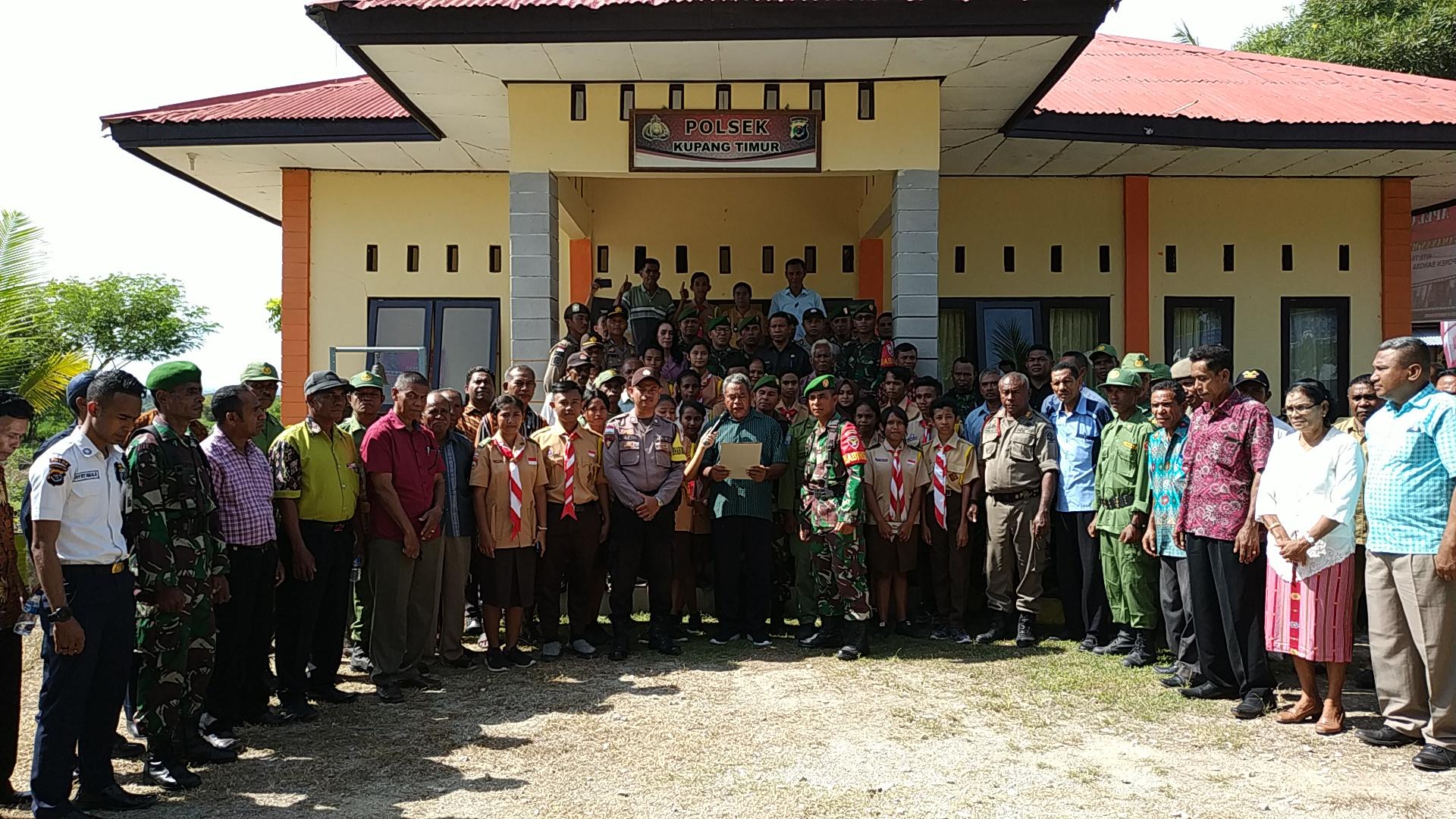 Polsek kupang timur gelar apel bersama pemilu 2019
